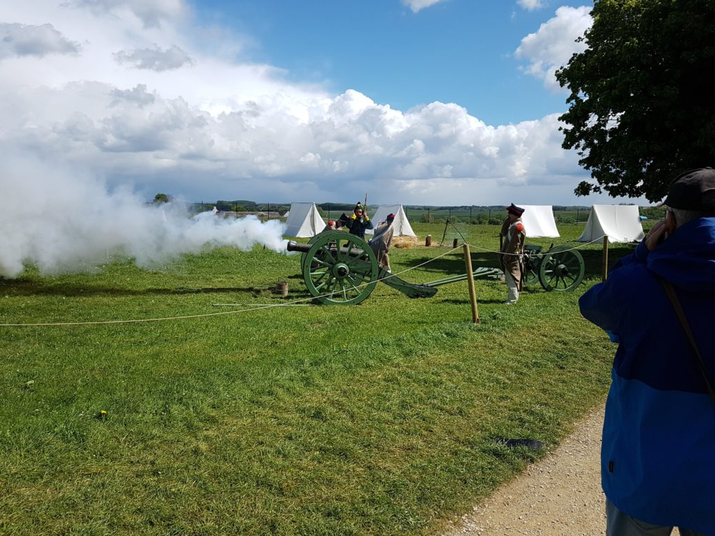French Cannon firing